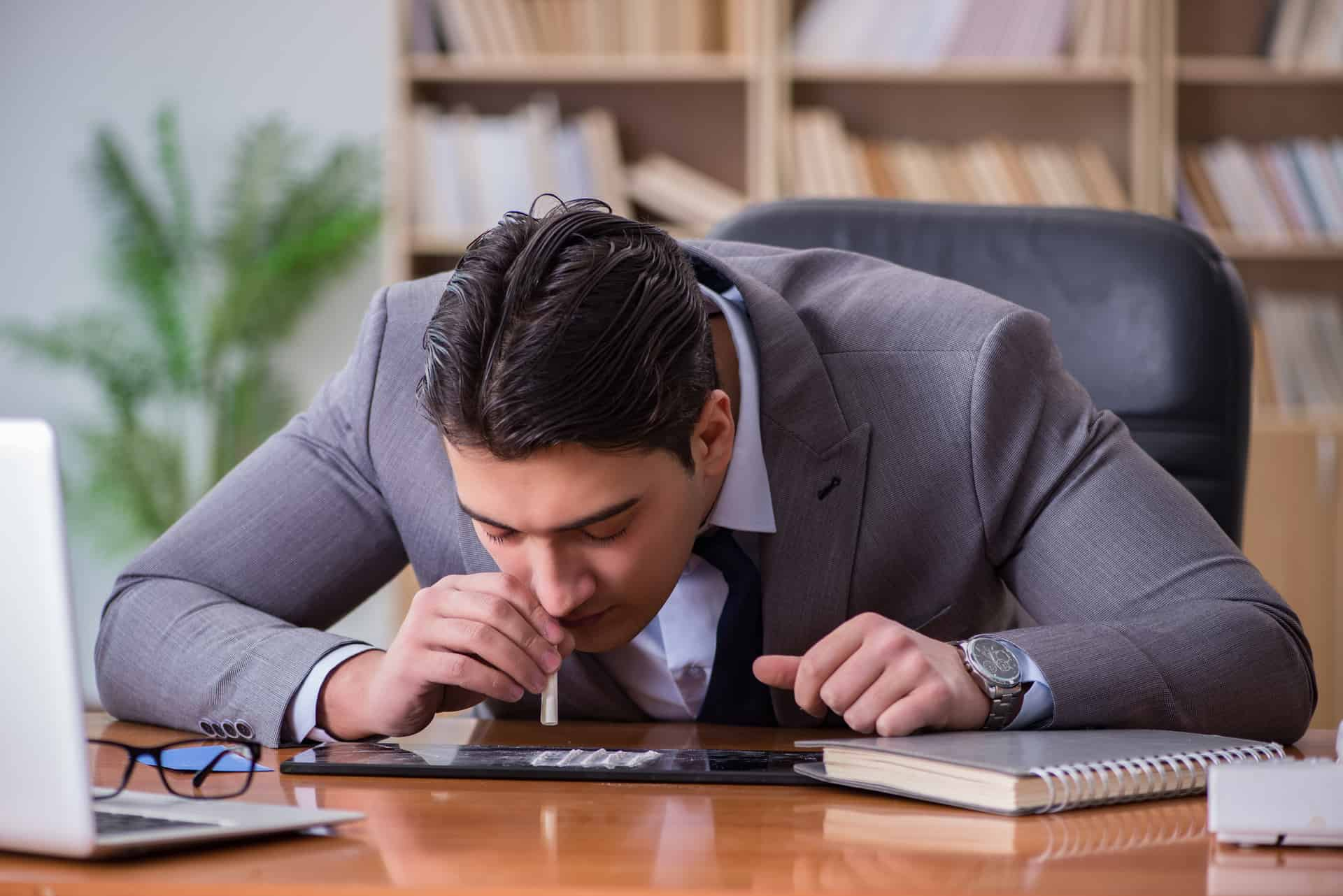 How to Handle a Drug and Alcohol Addiction at Work?