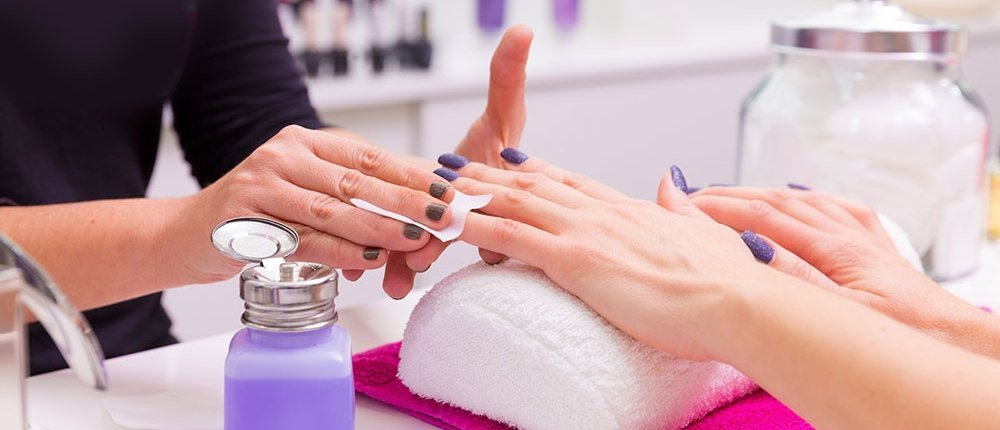 HOW TO START A BEAUTY CARE BUSINESS